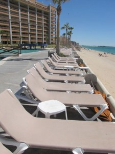 Sonoran-Sun-Lounge-Chairs